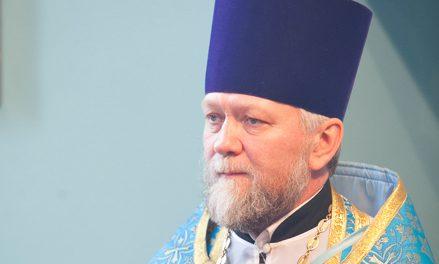 Настоятель Александро-Невского храма с. Вареновка иерей Александр Туркин