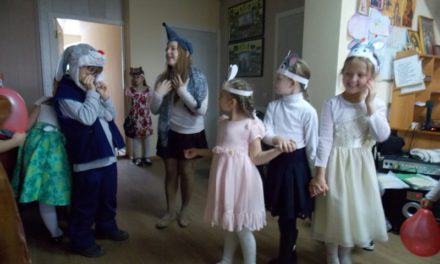 Воскресная школа Свято-Троицкого храма Таганрога приняла участие в праздновании Международного дня матери