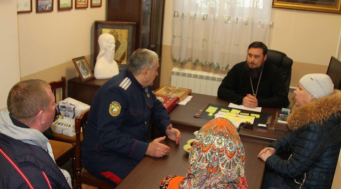 Состоялась рабочая встреча благочинного Таганрогского округа с представителями родительского комитета Новочеркасского казачьего корпуса