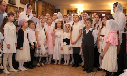 В Георгиевском храме Таганрога отметили Рождество Христово детским утренником