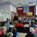 Настоятель Серафимовского храма Таганрога провёл встречу-диалог с членами общества «Возрождение»