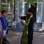 Клирик Таганрогского благочиния напутствовал новобранцев перед отправкой к месту прохождения службы
