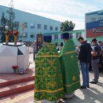 Молебен святым Петру и Февронии совершен на центральной площади села Покровское