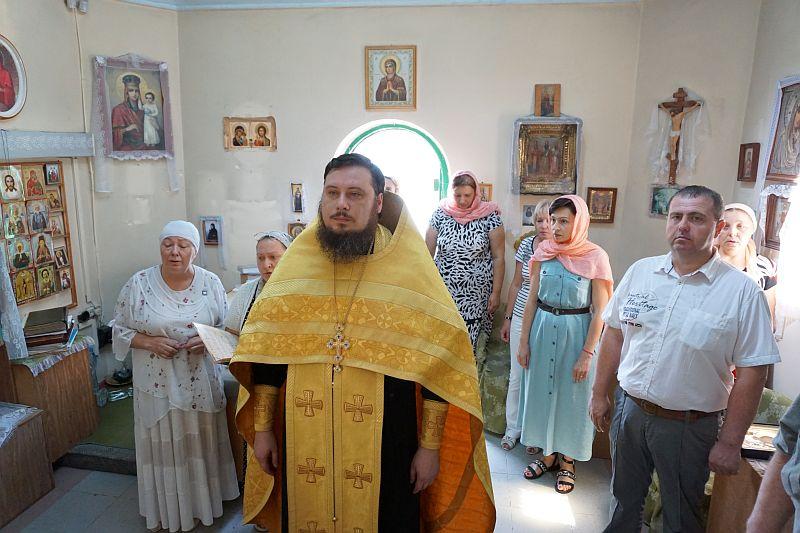 В Свято-Владимирской часовне города Таганрога возобновлены богослужения