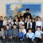 Клирик Сергиевского храма Таганрога провел встречу во втором классе средней школы № 3