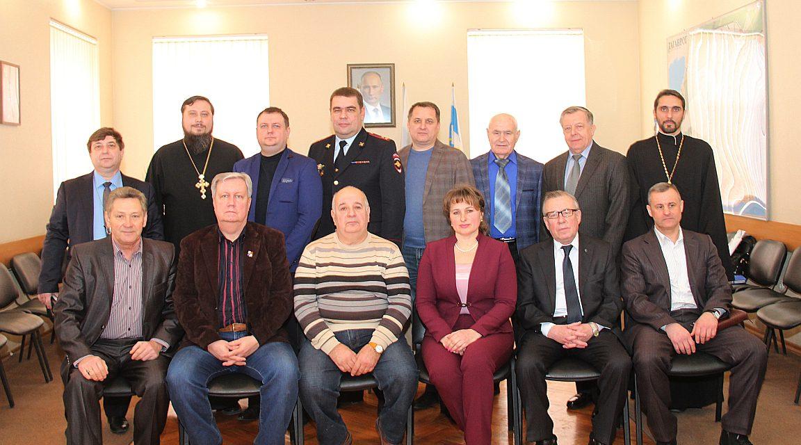 Священнослужители Таганрогского благочиния приняли участие в заседании Общественного совета при УВД г. Таганрога