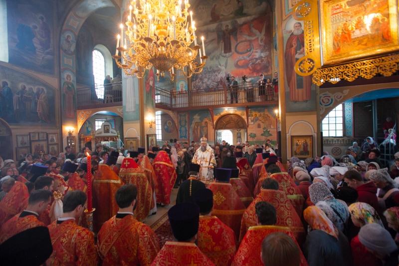 В среду Светлой седмицы Глава Донской митрополии с архипастырским визитом посетил Таганрог