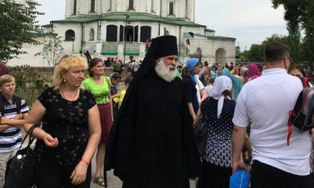 Учащиеся воскресной школы Сергиевского храма Таганрога посетили Свято-Донской Старочеркасский мужской монастырь