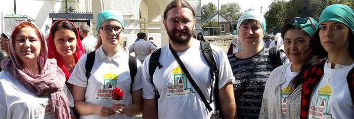 Члены Павловского молодежного клуба побывали на торжествах в честь Донской иконы Божией Матери в станице Старочеркасской