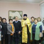 Клирик Сергиевского храма Таганрога совершил молебен в средней школе № 30