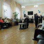 Настоятель Серафимовского прихода встретился с подопечными таганрогского Центра социального обслуживания пенсионеров и инвалидов