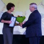 Педагог воскресной школы Троицкого прихода Таганрога награждена почетным дипломом «За заслуги в воспитании детей»
