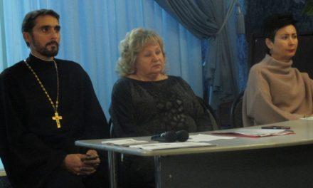 Руководитель православного центра «Трезвение» принял участие в педагогическом консилиуме в Таганрогском торгово-кулинарном коллежде