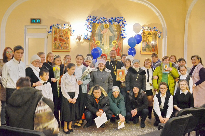 Сретенская молодёжная встреча состоялась в Свято-Никольском храме г. Таганрога