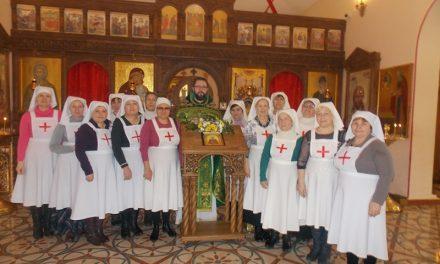 В приходе Святой Живоначальной Троицы Таганрога совершен чин посвящения в сестры милосердия