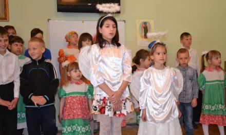 В воскресной школе храма Марии Магдалины с. Красный Десант состоялся пасхальный концерт
