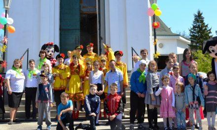 Магдалининский храм в селе Красный Десант посетили с концертной программой члены общественной организации «Мы есть»