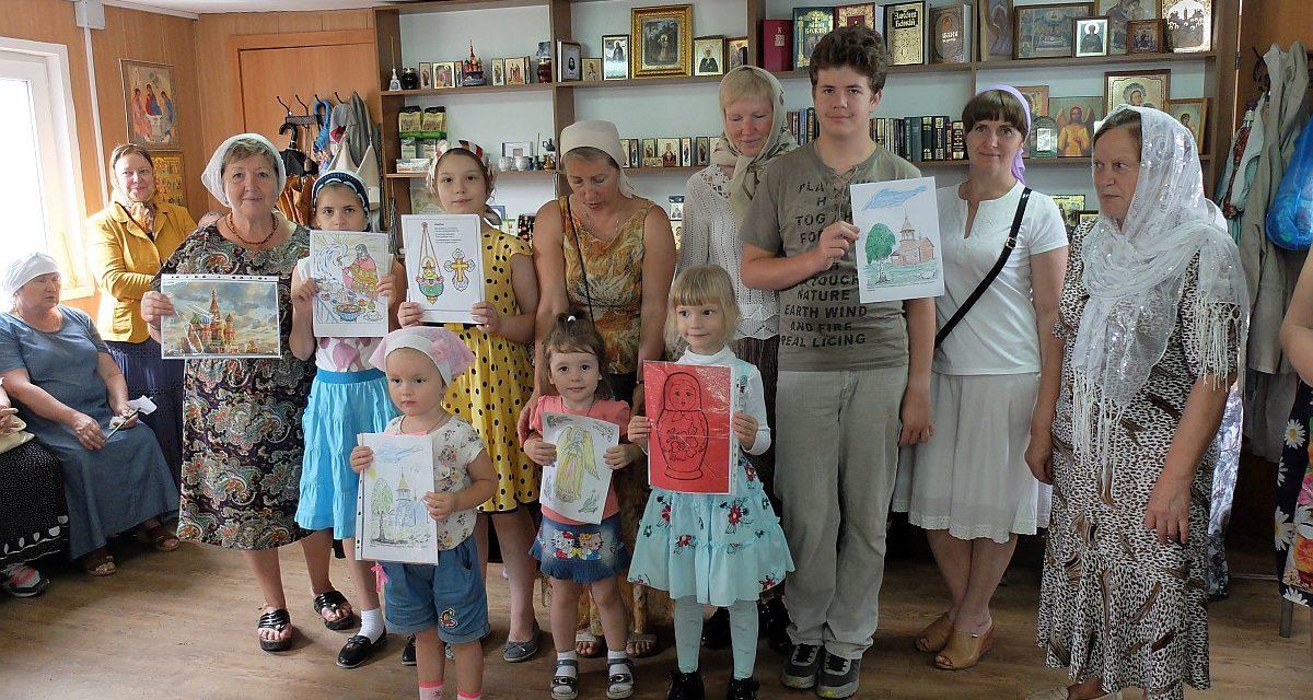 В храме преподобного Серафима Саровского для прихожан прошел тематический урок «Моя Россия»