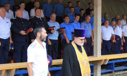 Духовник Таганрогского казачьего округа Всевеликого войска Донского принял участие в казачьем круге