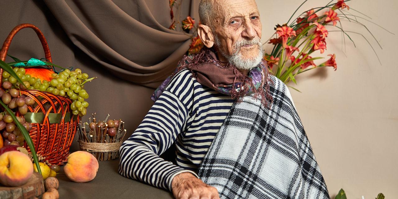 Сестры милосердия Елисаветинского сестричества устроили «День красоты»  для пациентов отделения паллиативной помощи больницы №3 г.Таганрога.