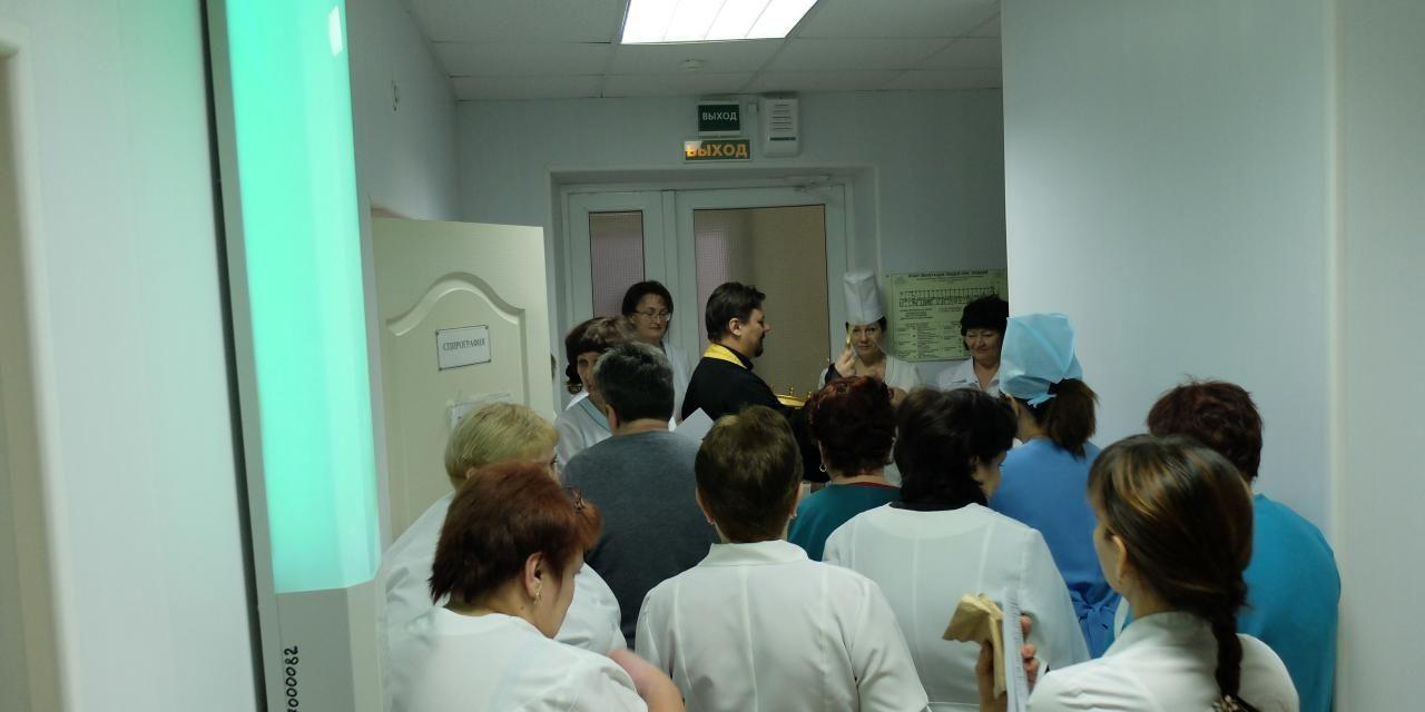 Настоятель Серафимовского прихода совершил освящение областного отделения противотуберкулезного клинического диспансера