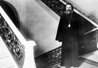 Архиепископ Иоанн Поммер в Латвийском сейме.