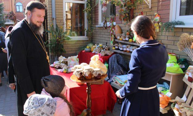 В Георгиевском храме в праздник Покрова Пресвятой Богородицы прошла осенняя ярмарка