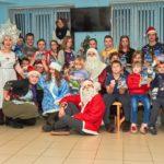 Волонтеры Елисаветинского сестричества милосердия провели в детской больнице г.Таганрога новогодний праздник.