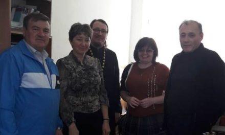 В школе с. Лакедемоновка прошла встреча с настоятелем храма святителя Николая Чудотворца