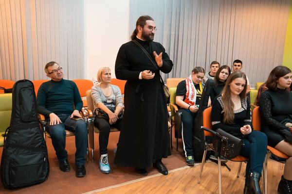 12 января диакон Георгий Канча принял участие в семинаре студенческого научного общества «Словесник» при ТИ имени А.П. Чехова