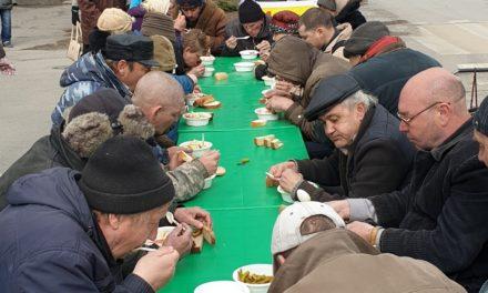 В день памяти праведного старца Павла на улицах Таганрога состоялась благотворительная акция