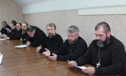 2 апреля в Свято-Никольском храме состоялось собрание священнослужителей таганрогского благочиния