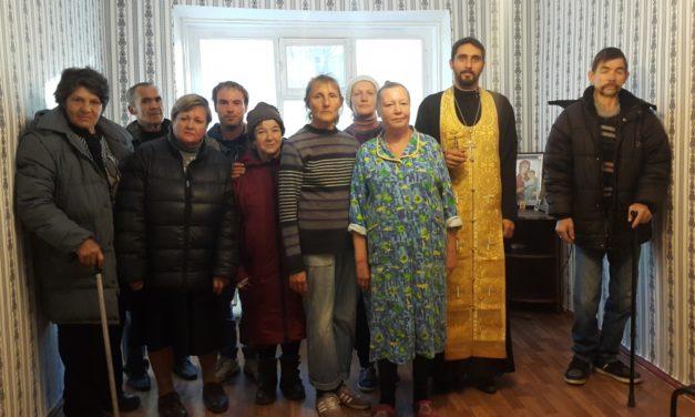 В праздник Благовещения Пресвятой Богородицы в Таганрогском социальном приюте состоялся молебен