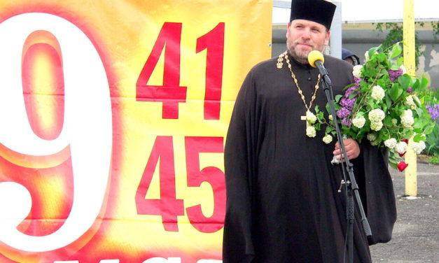 Настоятель Магдалининского храма принял участие в митинге, посвященном празднику Великой Победы
