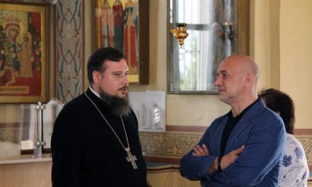 Благочинный таганрогского округа встретился с гостем Чеховского книжного фестиваля писателем Захаром Прилепиным