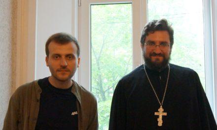 Молодежь благочиния встретилась с журналистом, поэтом, преподавателем Московской международной киношколы Кириллом Сафроновым