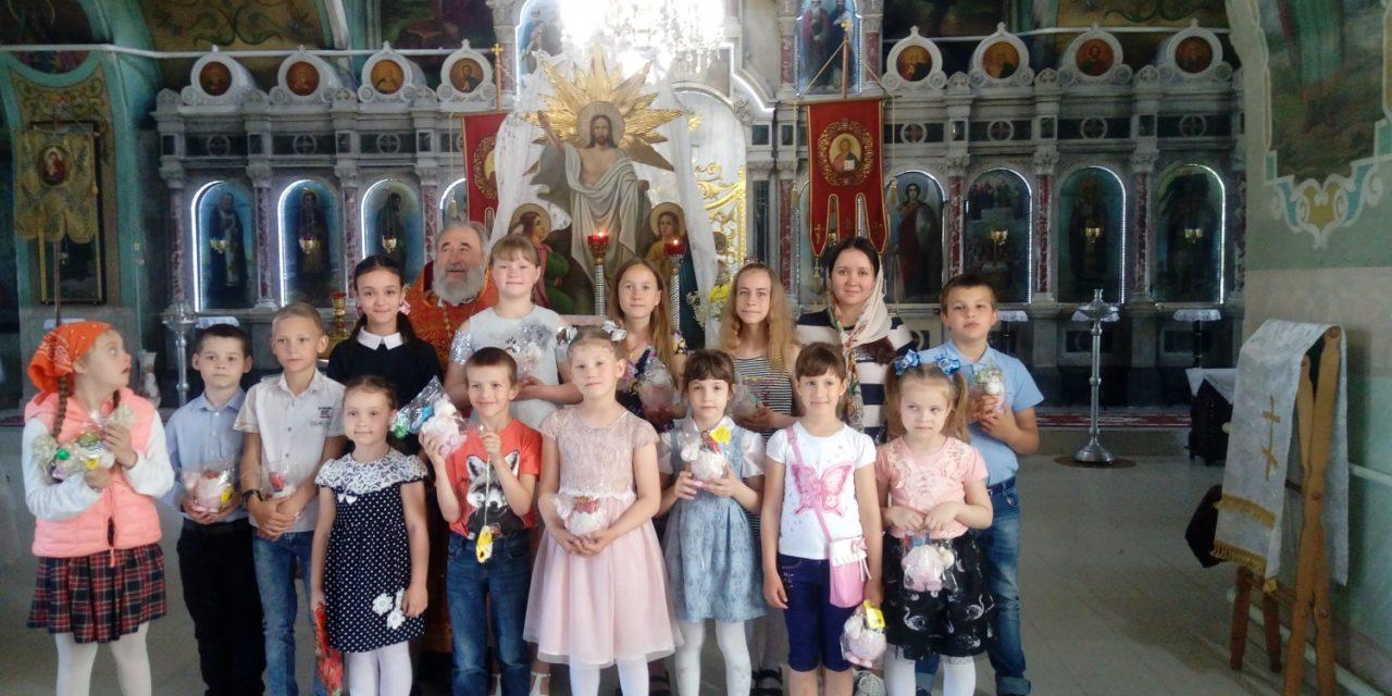 Праздничный концерт состоялся в приходе Всех Святых с. Синявское в день памяти Жен-Мироносиц