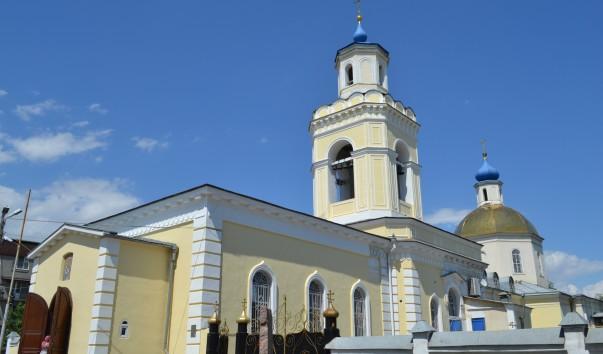 В храмах таганрогского благочиния молились о погибших и пострадавших в авиакатастрофе в аэропорту Шереметьево