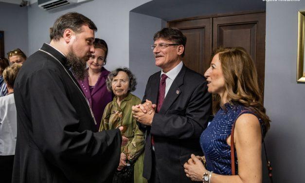Протоиерей Алексей Лысиков принял участие в открытии выставки, посвященной визиту в Таганрог потомков семьи Иордановых