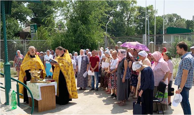 В день празднования Крещения Руси состоялся молебен во Владимирской часовне города Таганрога