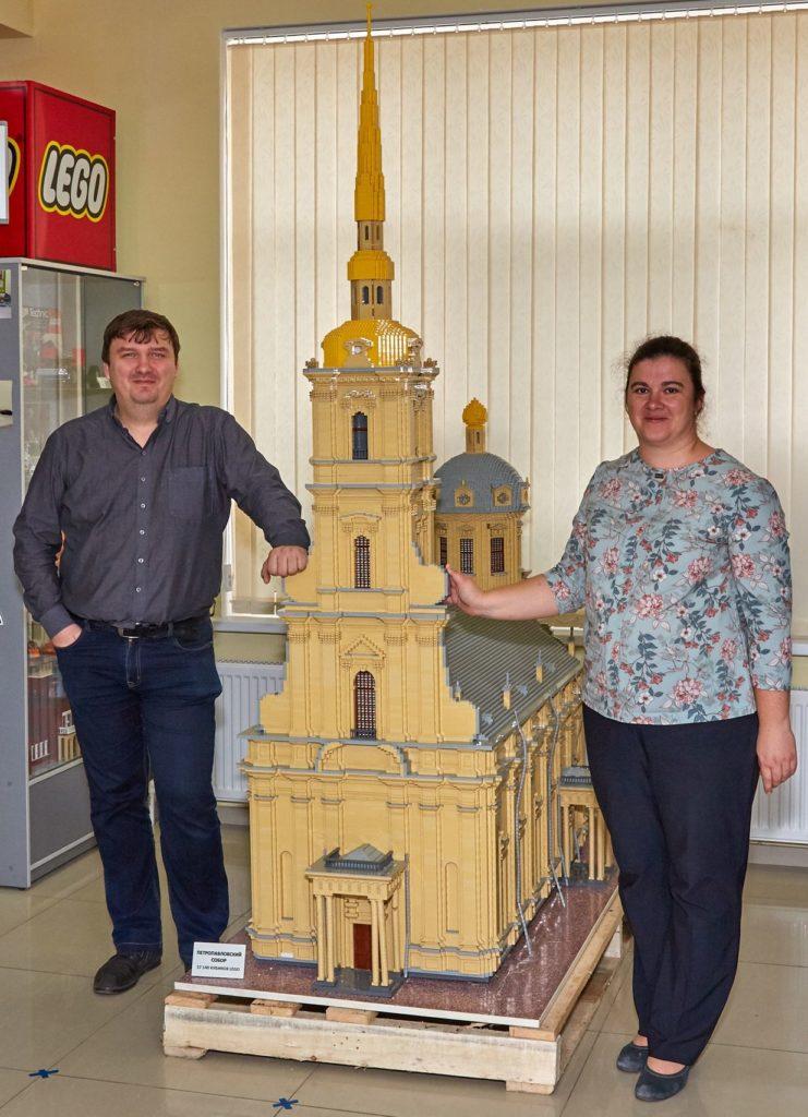 Петербуржцы подарили таганрожцам свой Петропавловский собор
