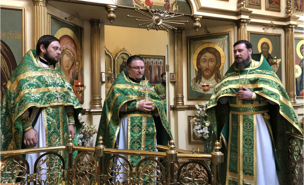 В день памяти святого преподобного Сергия Радонежского в Сергиевском храме г. Таганрога отметили престольный праздник