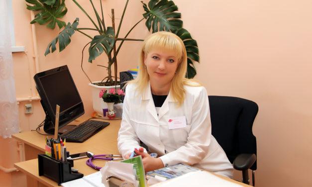 Таганрогским благочинием проводятся безвозмездные встречи-консультации с главным педиатром города Н.Н. Кириенко