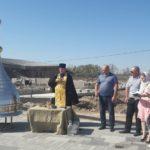 Настоятель прихода Преображенского храма с. Самбек иерей Николай Кравченко совершил освящение купола часовни на территории комплекса «Самбекские высоты»