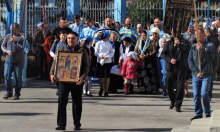 В храме Покрова Богородицы Неклиновского района отметили престольный праздник