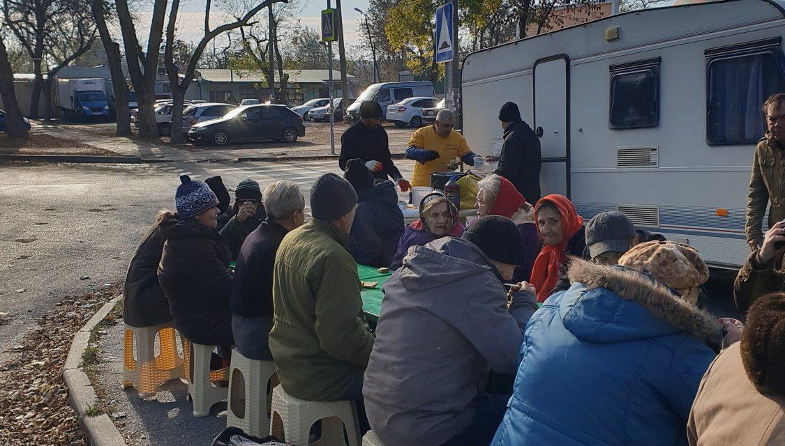 В Таганроге стартовала благотворительная акция «Накормим бездомных»