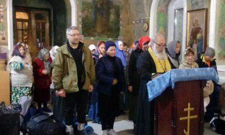 Паломники из Ростовской области и Краснодарского края посетили храм Всех Святых с. Синявское