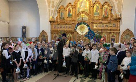 В Покровском храме Неклиновского района прошли Святочные встречи