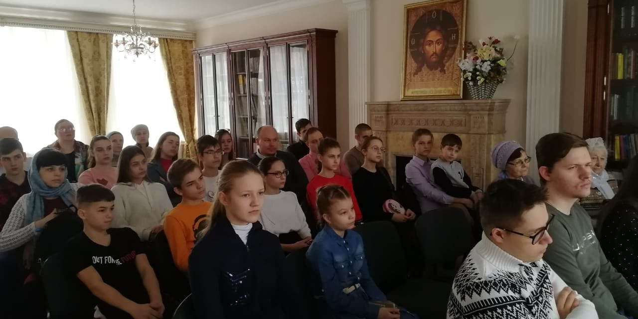 В воскресной школе Георгиевского храма прошло мероприятие, посвященное событиям Великой Отечественной войны