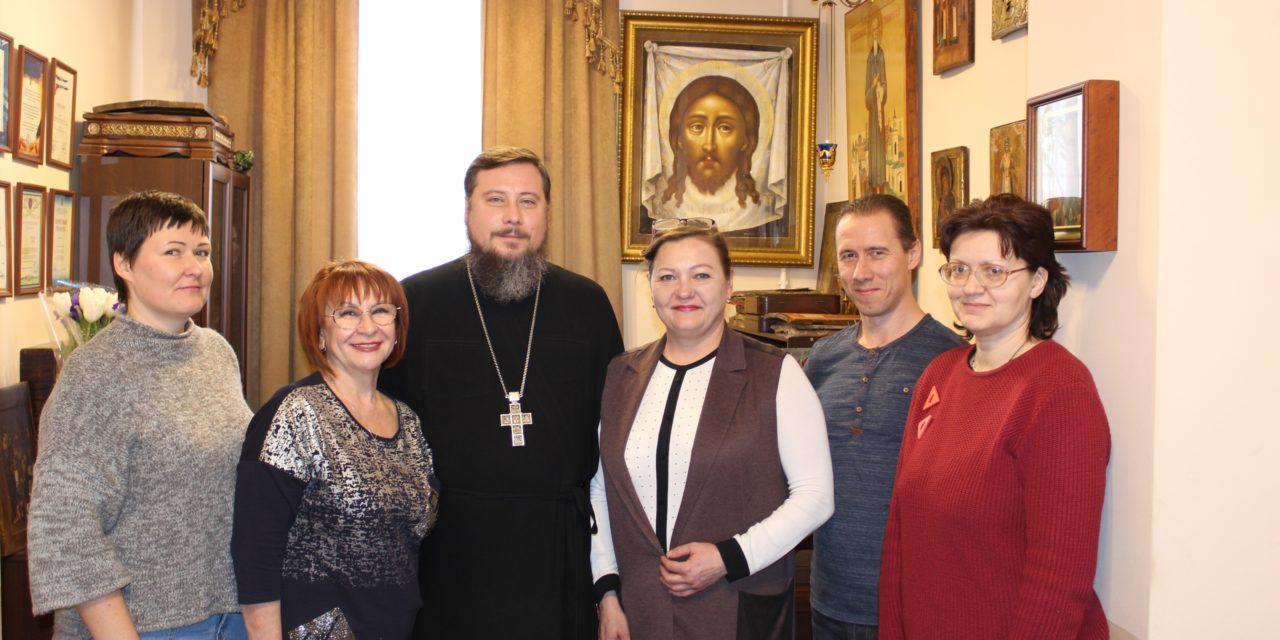 26 февраля состоялось подписание соглашений о сотрудничестве Никольского храма г. Таганрога с учреждениями социального обслуживания для детей-инвалидов